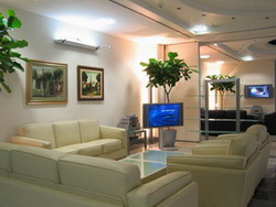 VIP lounge services in airports